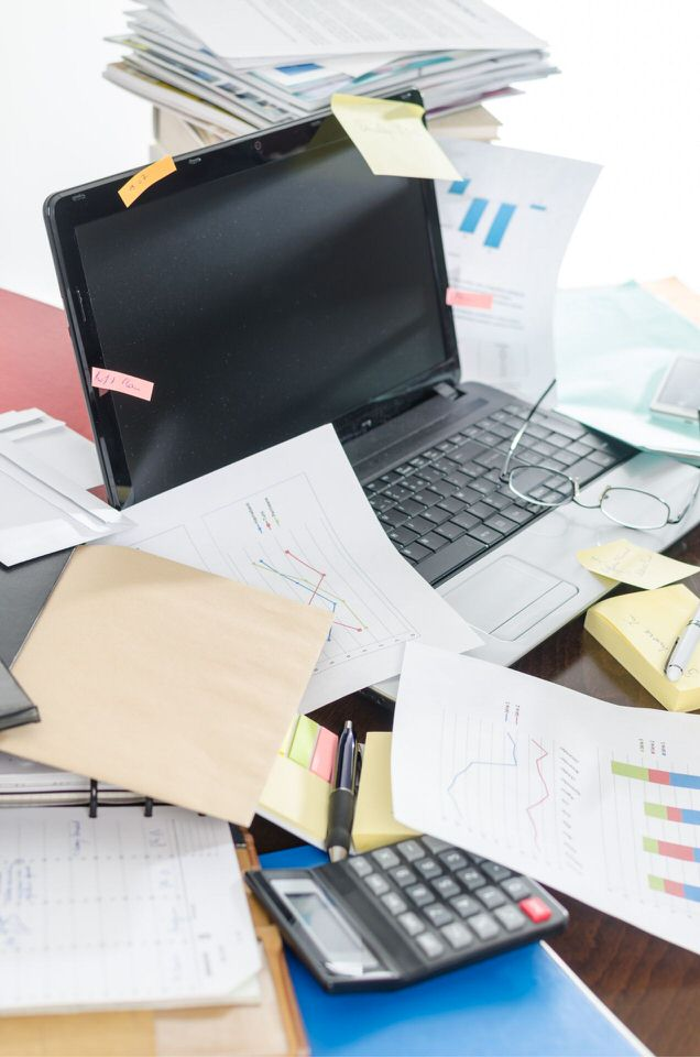 A cluttered desk is a cluttered mind.