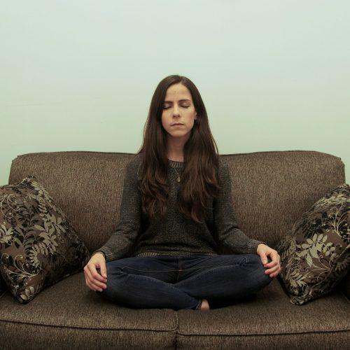 tati-meditating